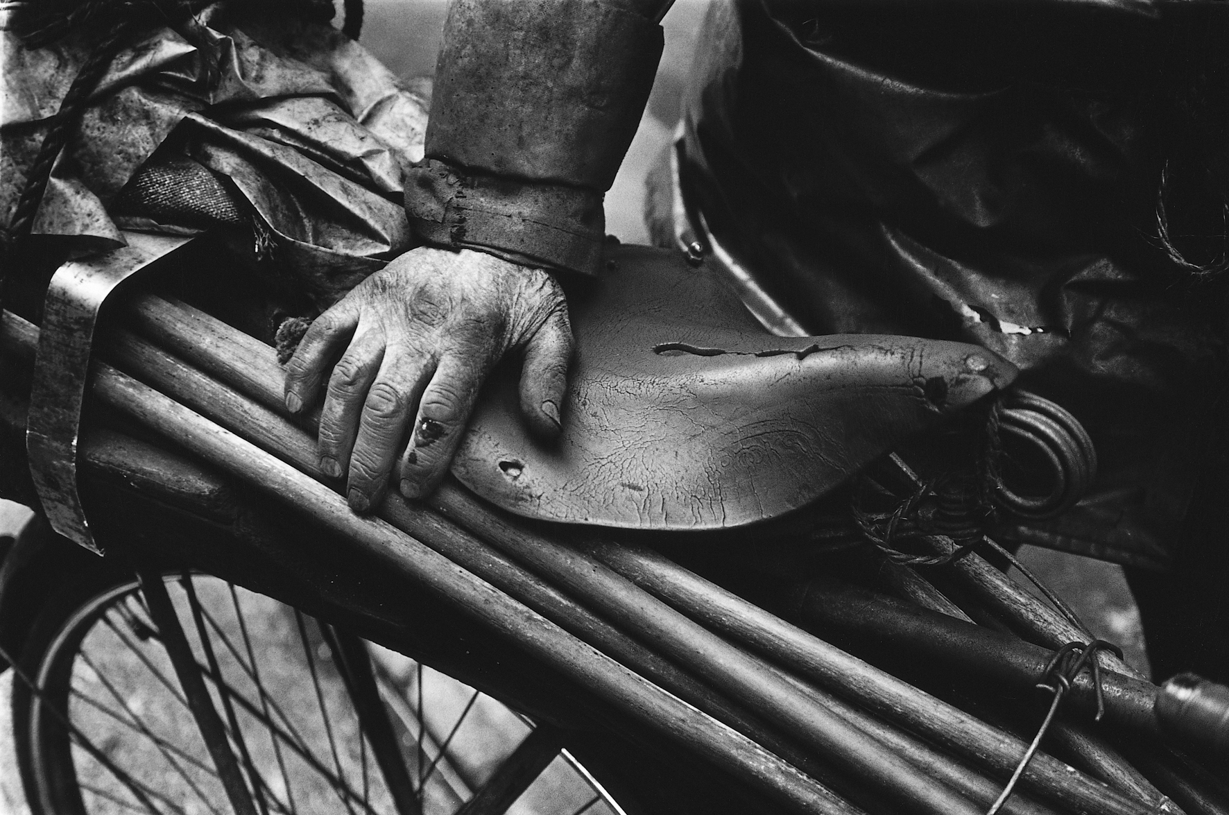 Bill Doyle: 'Murphy's Hand', Cork, 1980s | From our archives…Bill Doyle's Ireland | Saturday 18 March  – Tuesday 28 March 2017 | Gallery of Photography