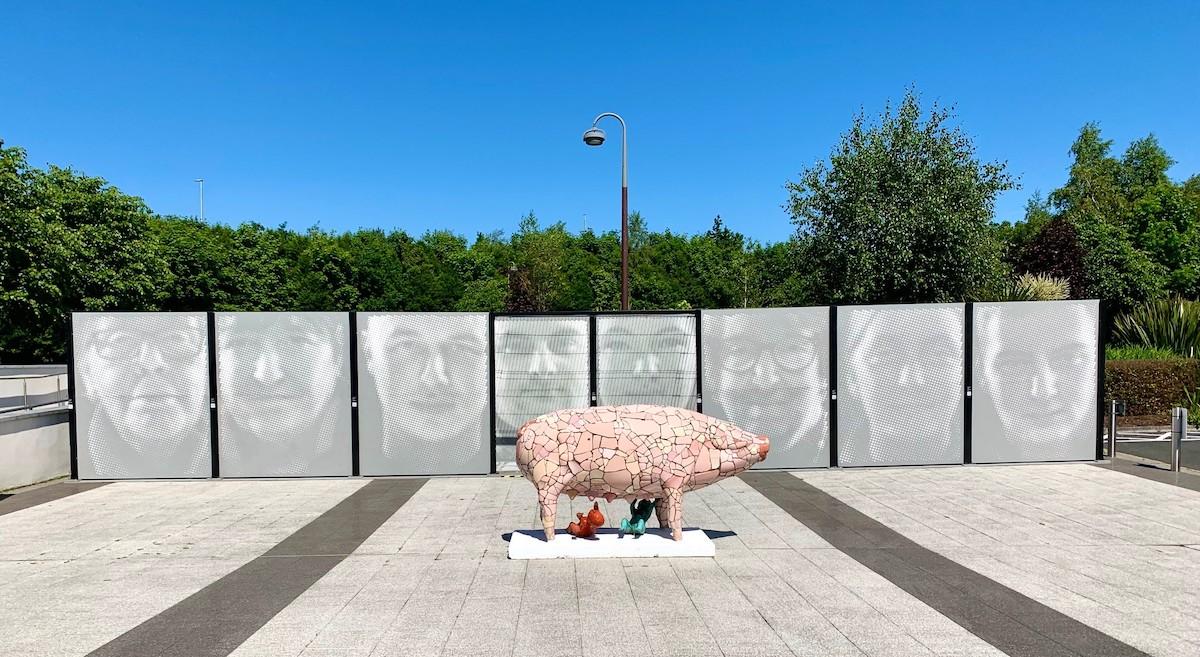 Stephen Wilson:Peace Wall Portraits,2021, wood, steel fencing, virtual reality | Stephen Wilson: Peace Wall Portraits | Summer 2021 | F.E. McWilliam Gallery